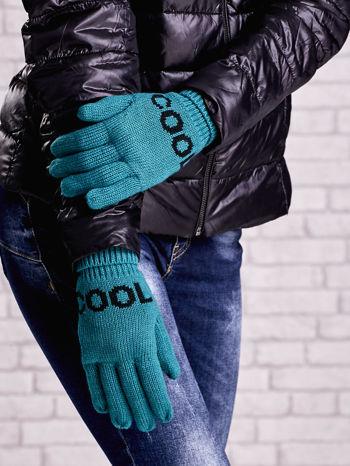 Zielone rękawiczki z napisem COOL i z wywijanym ściągaczem                                  zdj.                                  3