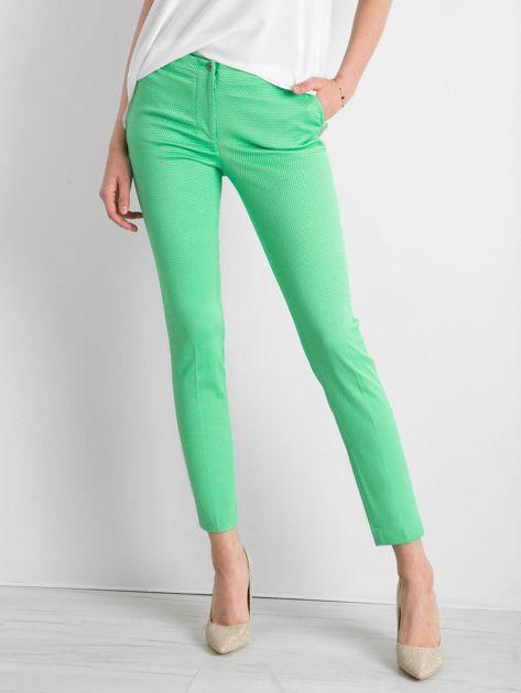 Zielone spodnie damskie o prostym kroju                              zdj.                              1