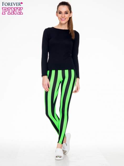 Zielono-czarne wyszczuplające legginsy w pionowe paski                                  zdj.                                  2