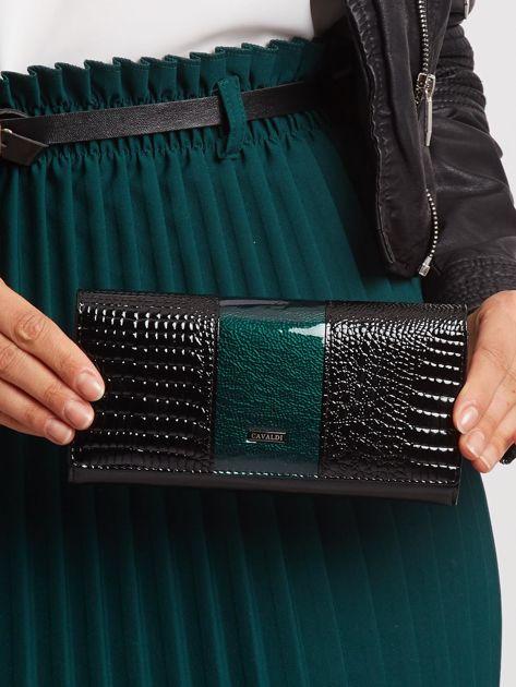 Zielono-czarny czarny skórzany portfel