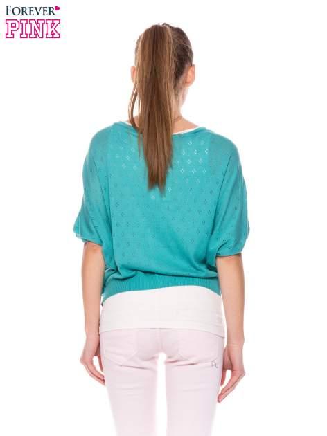 Zielony ażurowy sweterek z krótkim rękawem                                  zdj.                                  4