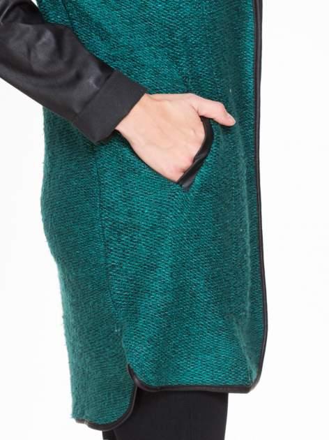 Zielony otwarty płaszcz ze skórzanymi rękawami                                  zdj.                                  7