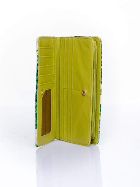 Zielony portfel z egzotycznym nadrukiem                                  zdj.                                  5