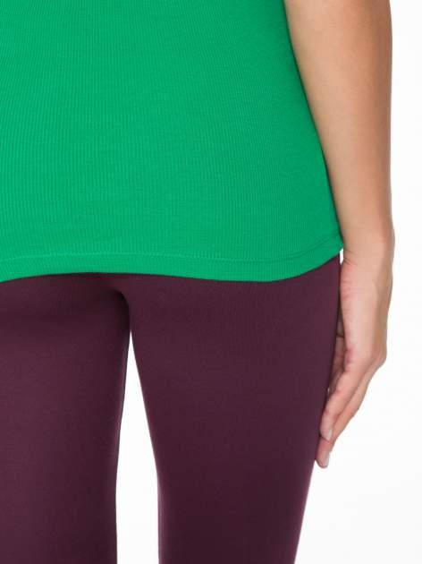 Zielony prążkowany top na cienkich ramiączkach                                  zdj.                                  9