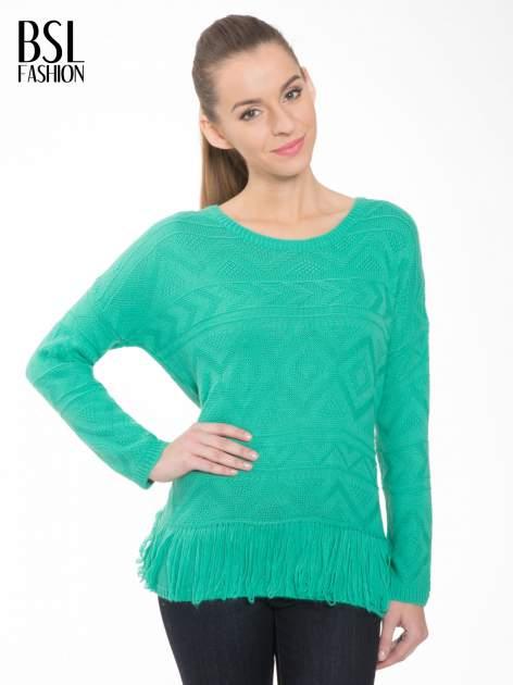 Zielony sweter w azteckie wzory z frędzlami na dole                                  zdj.                                  1