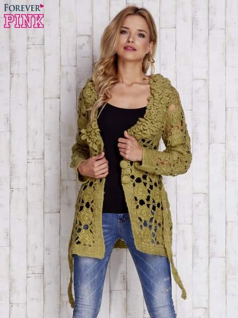 Zielony sweter  z wiązaniem w pasie                                  zdj.                                  6