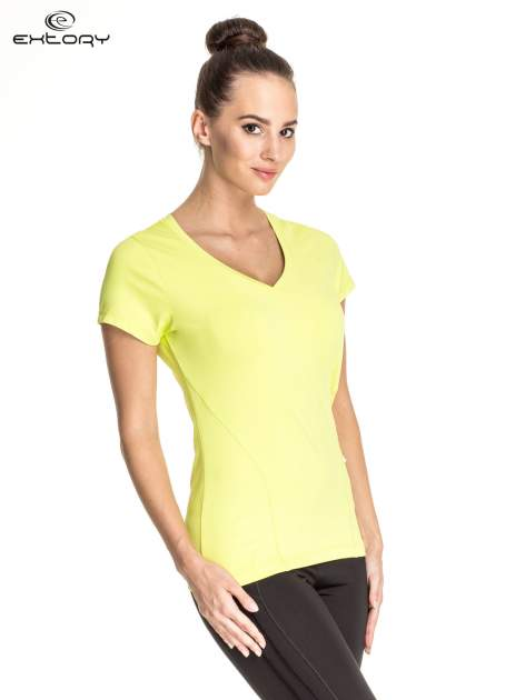 Zielony t-shirt sportowy z dekoltem V-neck PLUS SIZE                                  zdj.                                  3