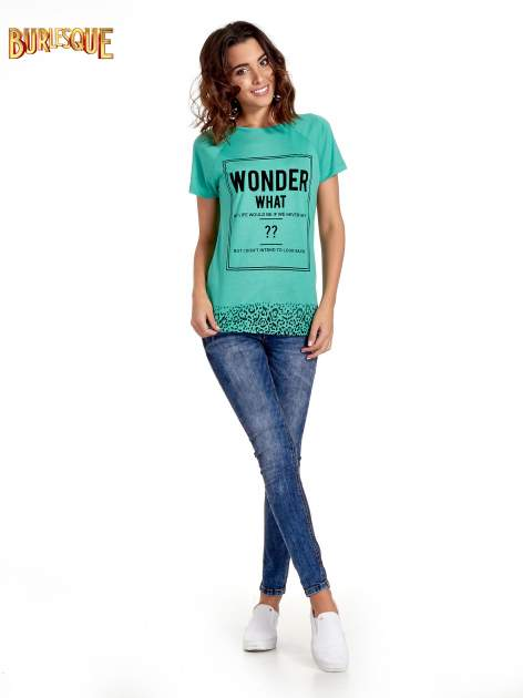 Zielony t-shirt z napisem WONDER WHAT?                                  zdj.                                  7