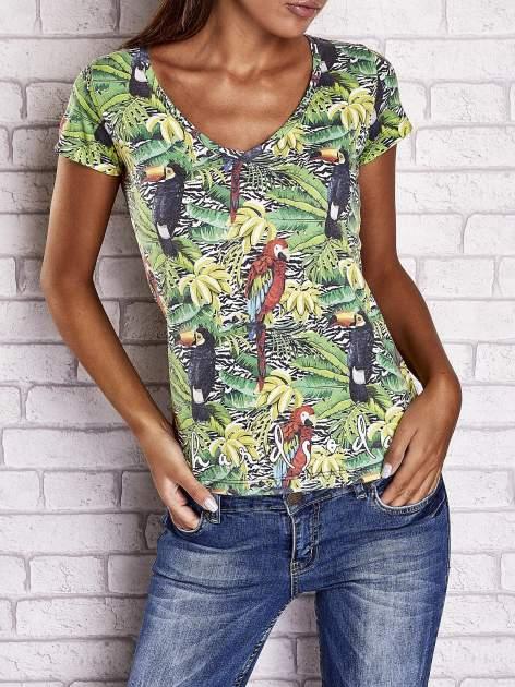 Zielony t-shirt z ptakami i egzotycznym nadrukiem dżungli                                  zdj.                                  1