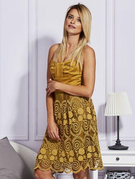 Złota sukienka z koronkową spódnicą                                  zdj.                                  5