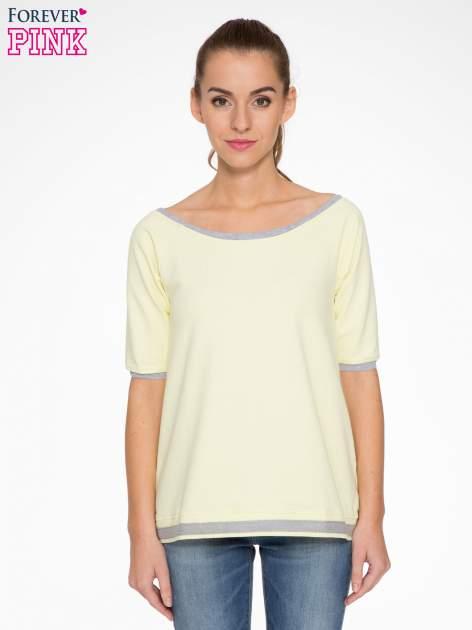 Żółta bluza z kontrastowym obszyciem