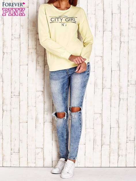 Żółta bluza z napisem CITY GIRL                                  zdj.                                  4