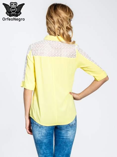 Żółta koszula z rękawem do łokcia i koronką                                  zdj.                                  4