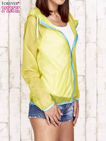 Żółta kurtka wiatrówka z niebieskim suwakiem                                  zdj.                                  3