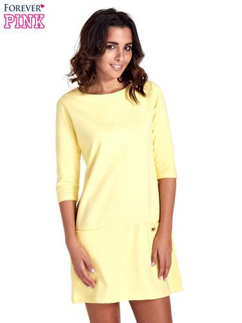 Żółta prosta sukienka z kieszeniami                                   zdj.                                  1