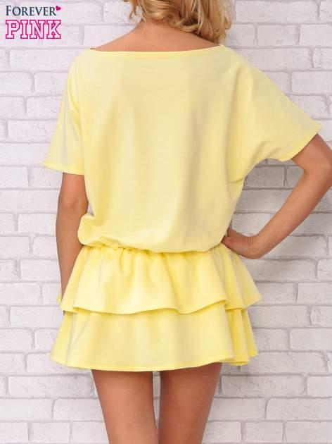 Żółta sukienka dresowa z podwójną falbaną                                  zdj.                                  4