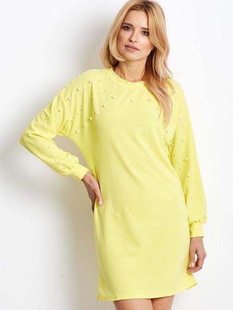 Żółta sukienka z perełkami                               zdj.                              1