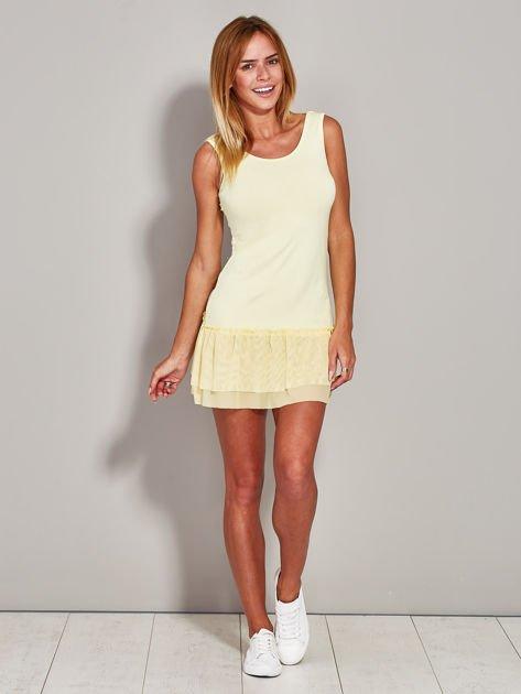 Żółta sukienka z tiulową falbaną                              zdj.                              4