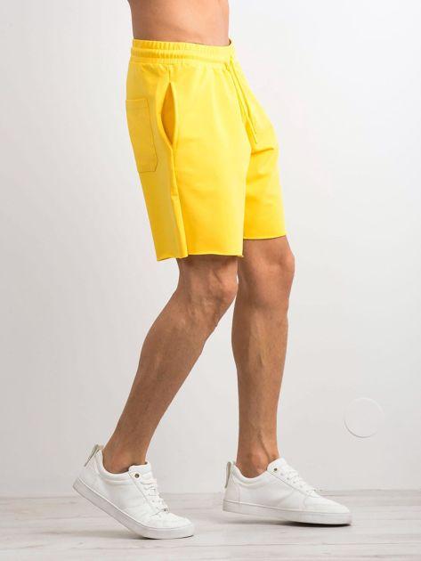 Żółte spodenki męskie                              zdj.                              3