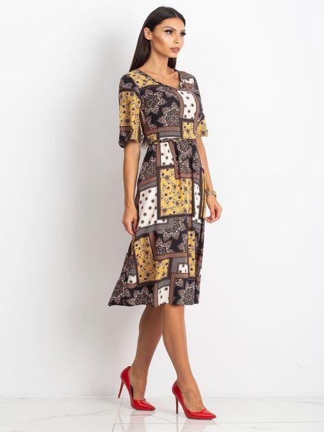 62ad531e Żółto-czarna sukienka Calm