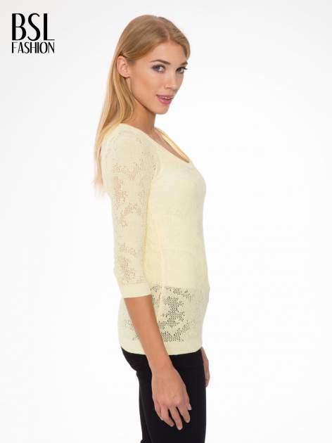 Żółty ażurowy sweter z rękawami 3/4                                  zdj.                                  3