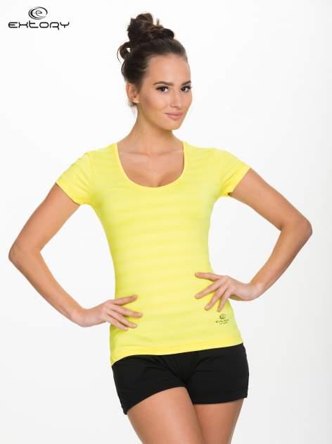 Żółty damski t-shirt sportowy w paski                                  zdj.                                  1