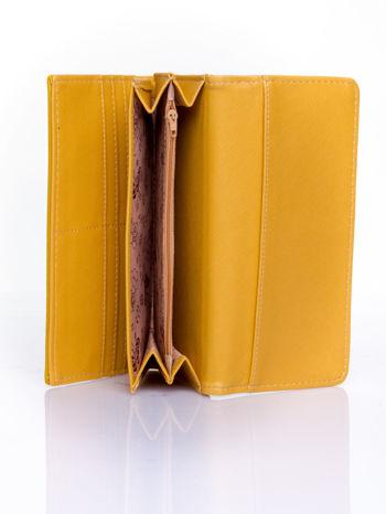 Żółty portfel z motywem skóry aligatora                                   zdj.                                  5