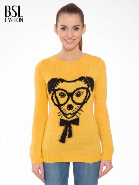 Żółty sweter z nadrukiem pieska                                  zdj.                                  1