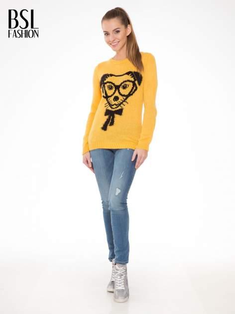 Żółty sweter z nadrukiem pieska                                  zdj.                                  2