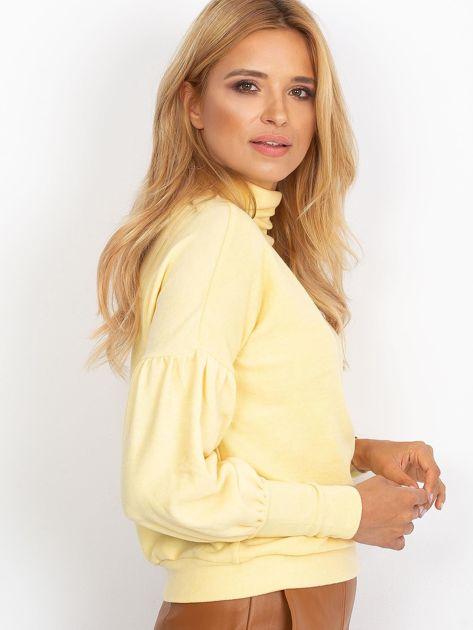 Żółty sweter z szerokimi rękawami                              zdj.                              3
