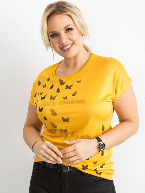 Żółty t-shirt damski z nadrukiem PLUS SIZE                              zdj.                              1