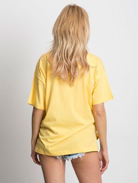 Żółty t-shirt o luźnym kroju                              zdj.                              2