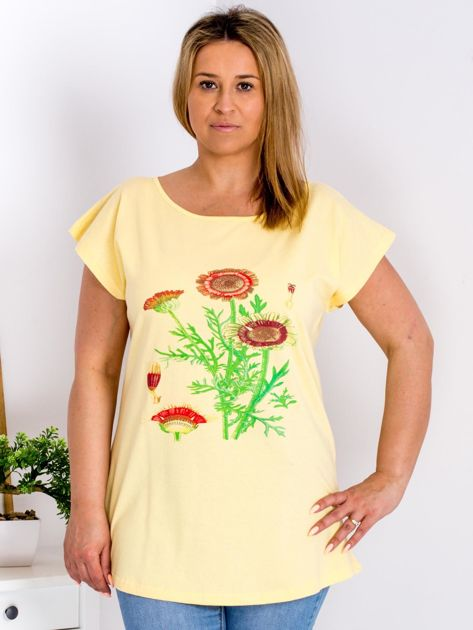 Żółty t-shirt z kwiatowym printem PLUS SIZE                              zdj.                              1