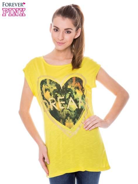 Żółty t-shirt z nadrukiem serca i napisem DREAM                                  zdj.                                  1