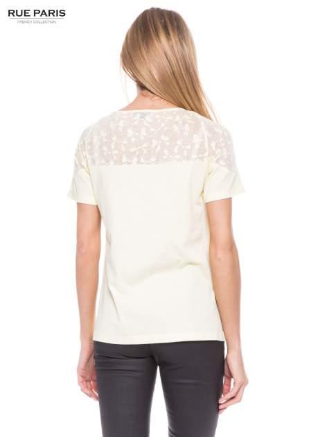 Żółty t-shirt z transparentną górą w kokardki                                  zdj.                                  3