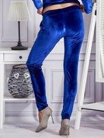 Aksamitne spodnie dresowe niebieskie                                  zdj.                                  2