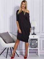 Asymetryczna sukienka w kratkę czarna                                  zdj.                                  4