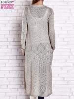 Biały ażurowany sweter z kieszeniami                                                                          zdj.                                                                         5
