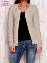 Beżowy otwarty włochaty sweter                                   zdj.                                  1