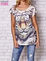 Beżowy t-shirt z nadrukiem tygrysa                                  zdj.                                  1