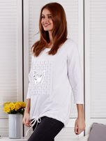 Biała bluza z motywem motyli                                  zdj.                                  3