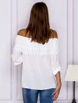 Biała bluzka hiszpanka z koronkową lamówką                                  zdj.                                  2