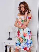 Biała sukienka w kolorowe kwiaty                                  zdj.                                  3