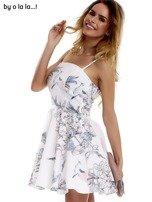 Biała sukienka w malarskie desenie BY O LA LA                                  zdj.                                  4