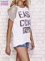 Biały t-shirt EASY COME EASY GO z ażurowymi rękawami