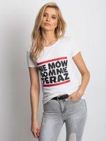 Biały t-shirt NIE MÓW DO MNIE TERAZ                                  zdj.                                  1
