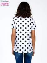 Biały t-shirt z nadrukiem ust                                   zdj.                                  4