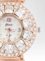 Biżuteryjny zegarek damski z różowego złota na bransolecie z cyrkoniami i kryształkami                                  zdj.                                  6