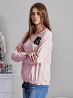 Bluza oversize z cekinowym kotem różowa                                  zdj.                                  3