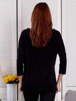 Bluzka damska oversize z kieszenią czarna                                  zdj.                                  2